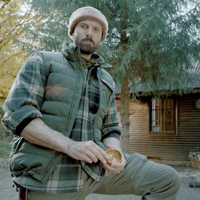 Eston Şehir Koru Serdar Kılıç Reklam Filmi